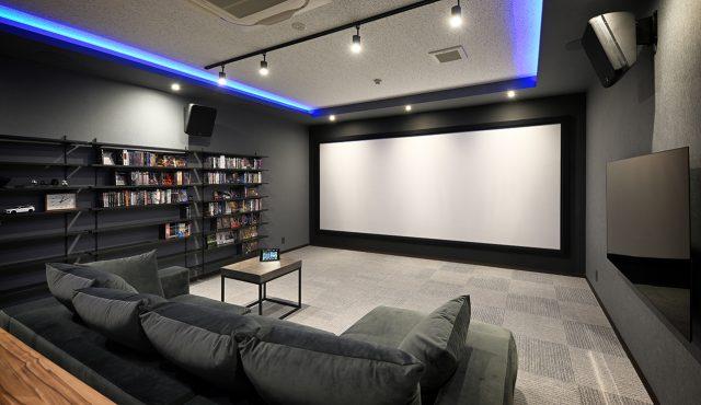 専用室シアターCASE5<br>シンプルで都会的なデザインが際立つ!